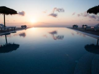 POOL SUNRISE