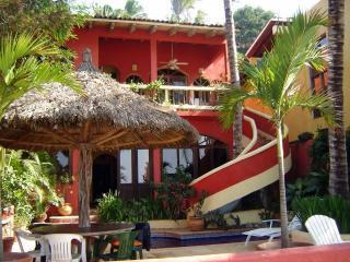 Beautiful 4 Bedroom Home Directly on the Beach!, San Pancho