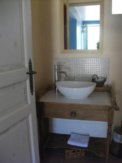 Bathroom Porte Bleue B+B