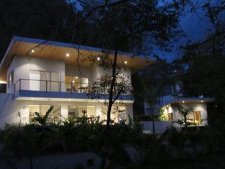 Casa Buena Vida - 100 Meters From the Beach - New Green Season Rates