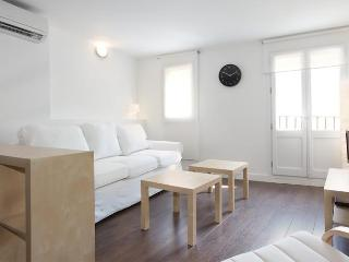 BWH Ramblas V- Cute apartment in Las Ramblas, Barcelona