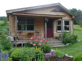 Vermont Guest Cottage, Moretown