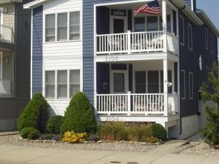 *Steps to beach at 31st Street* 1st fl-Great loc, Ocean City