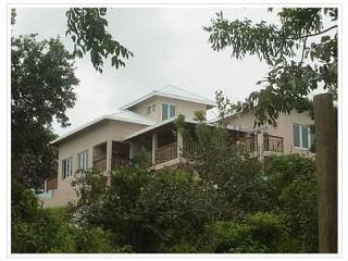 Spacious Accommodations, Spectacular Views, Roatan, La Diosa