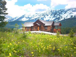 Bridger Vista Lodge-Save Aug27-Sep1*Luxury Log Home*New Year Open! Hike.Bike.Ski