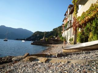 fisherman's house on the beach!, Varenna