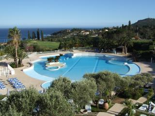 Cote D'Azur, Riviera apartment with sea view