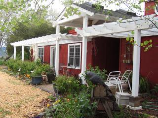 Country Garden Cottage, Healdsburg