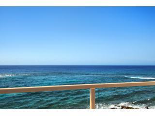 POIPU, KAUAI, OCEANFRONT 2BD/2BA, KUHIO SHORES 410