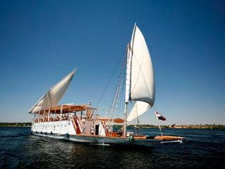 DAHABIYA PRINCESS DONIA  -  Nile Cruise