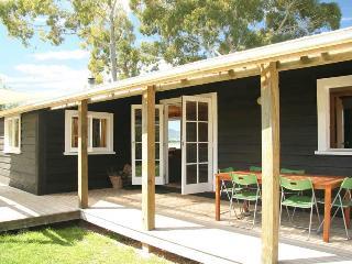 Karaka Cottage at Matahua Cottages, Mapua-Nelson