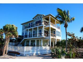 The Green Flash - True Beachfront with Pool, Île de Captiva