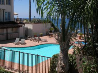 Beach Condo 122- Moonlight Beach, Pool, Spa, Beach, Encinitas