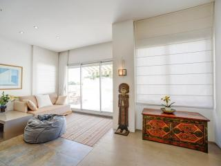 luxury rooftop on Bialik street: Sea view terrace