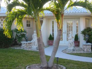 Front of Bayside Villa
