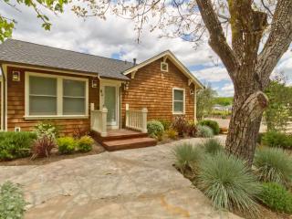 Sonoma Farmhouse - Country (Kenwood, California)