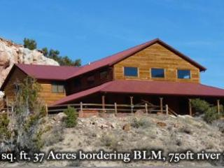 Royal Gorge River Ranch: Perfect Location For Outdoor Adventures