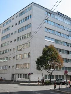 The apartmenhouse is located in a very safe and clean neighborhood direct in the City Center Vienna