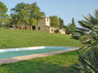 Villa Teatro Vacation Rental with Pool, Montespertoli