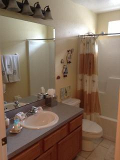 Bathroom that the two twin bedrooms share