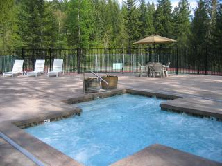 Outdoor Spa Patio and  Adjacent Tennis Courts
