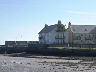 Tide's Reach - Harbourside holidays in SW Scotland, Garlieston