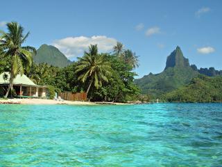 Robinson's Cove Villas - Deluxe Cook Villa / TAHITI VILLAS