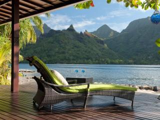 Robinson's Cove Villas - Deluxe Wallis Villa / TAHITI VILLAS