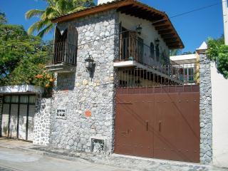 Small, charming, affordable One Bedroom House, holiday rental in Chiconcuac