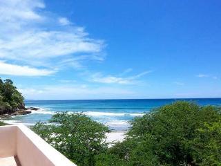 Frente a la playa 3 dormitorios condominio en Playa El Coco, San Juan del Sur