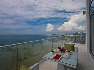 Relax on the terrace and enjoy the ocean breeze and jaw-dropping, unobstructed views