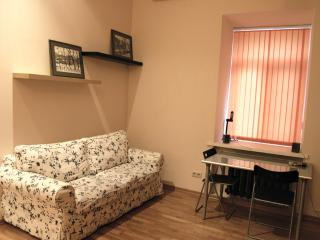 Voznesenskiy lane Apartment ID 136, Moscow