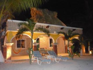 Hacienda Antigua by Night, romantic