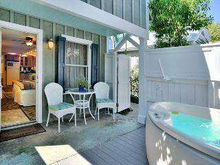 Harrison's Hideaway - Luxury Cottage - Private Hot Tub - Half Block To Duval, Key West