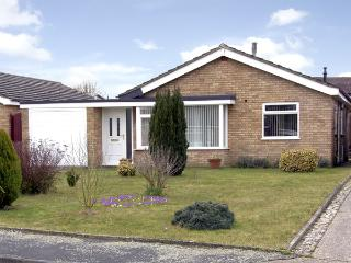 HORNBEAMS, family friendly, with a garden in Bramford, Ref 3915, Ipswich