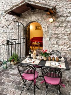 apt. ILARIA  - Romantic dinner on the terrace