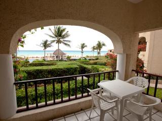 2br Beachfront condo Xaman-ha 7011, Playa del Carmen