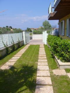 Private entrance Villa Moniga