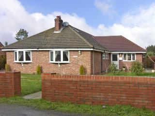 ROSE BAY, family friendly, with a garden in Winterton-On-Sea, Ref 3893, Winterton-on-Sea