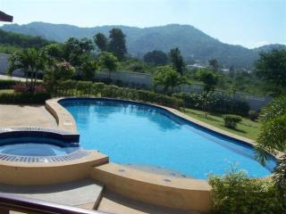 Villas for rent in Khao Tao: V5156