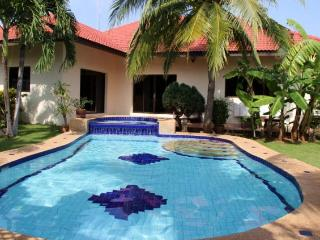 Villas for rent in Hua Hin: V5042