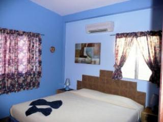 Villa Blue Room
