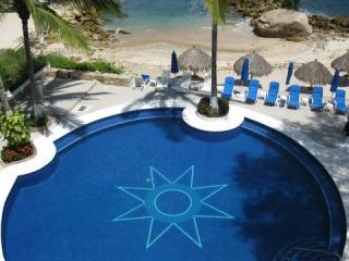 Star pool view from Casa Maggy