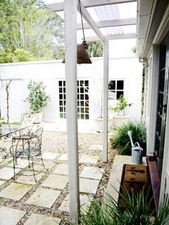 courtyard agrden