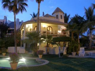 VILLA DE LA TORRE/TRAVEL CHANNEL FEATURED, San Jose Del Cabo