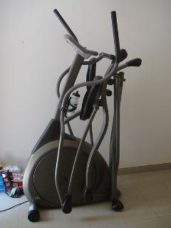 Elliptical training machine on the terrace for those who fancy a great workout