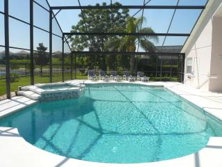 Big Pool Villa with a Hot Tub - Several Great August & September Dates availabl