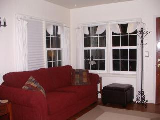 Living Room, Queen Sleeper + memory foam
