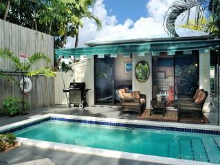 Down Island Digs ~ Weekly Rental, Key West