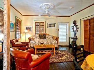 Caribbean Cottage ~ Weekly Rental, Key West